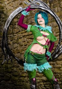 Cosplay-Cover: Tira (SCIII)
