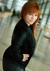 Cosplay-Cover: Fauxlivia [Fringe]