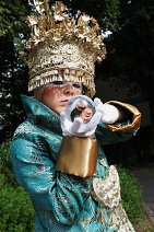 Cosplay-Cover: Luke Steele【Empire of the Sun-Walking on a Dream】