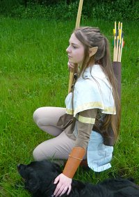 Cosplay-Cover: Riatha - Jägergewandung (Die Elfen; OC)