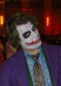 Cosplay-Cover: Joker (TDK Style)