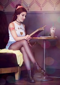 Cosplay-Cover: Hipster Belle
