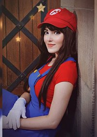 Cosplay-Cover: Luiga/Maria - Female Luigi & Mario