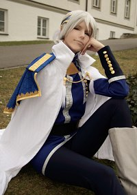Cosplay-Cover: Zen Wistaria [Prince Outfit Chap. 27]