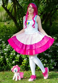 Cosplay-Cover: Pinkie Pie [EQG Short Story Outfit]