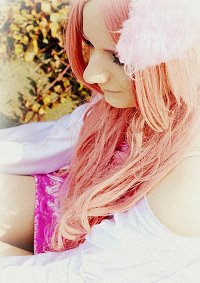 Cosplay-Cover: Pink Wolve