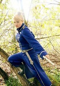 Cosplay-Cover: Riza Hawkeye