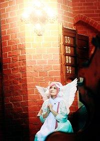 Cosplay-Cover: Misha (Engelchen)