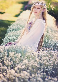 Cosplay-Cover: Galadriel (The Hobbit - White Council)