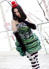 Cosplay-Cover: Alice (Caterpillar)