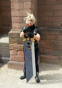 Cosplay-Cover: Cloud Strife (Crisis Core)