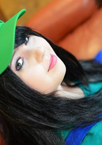 Cosplay-Cover: Luigi (female)