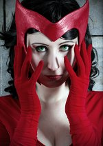 Cosplay-Cover: Scarlet Witch / Wanda Maximoff [Marvel Now!]