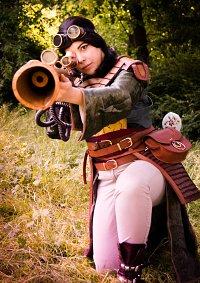 Cosplay-Cover: Mulan [Steampunk]