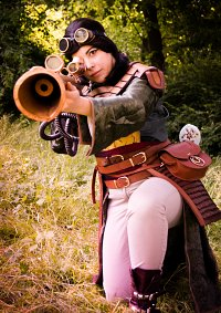 Cosplay-Cover: Mulan [Steampunk]