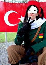 Cosplay-Cover: Aisha Adnan [Fem!Turkey/Uniform]
