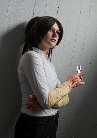 Cosplay-Cover: Hanji Zoe [Season 3 Torture]