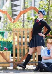 Cosplay-Cover: Kashima Yū [Winterschuluniform]