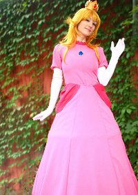 Cosplay-Cover: Peach