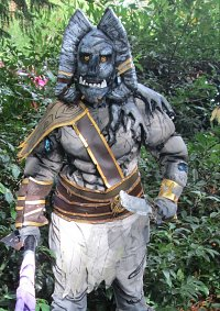 Cosplay-Cover: Angor Rot
