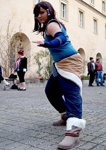Cosplay-Cover: Korra (Buch2 DVD Cover Outfit)