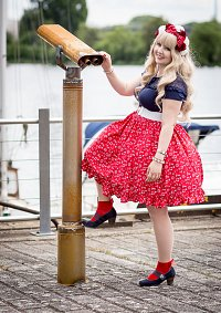 Cosplay-Cover: Selfmade Red Sailor Skirt