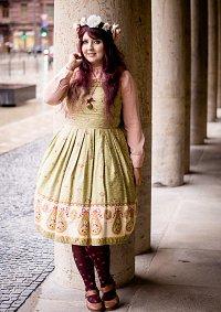 Cosplay-Cover: IW Jugendstil Outfit