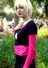 Cosplay-Cover: Rose Lalonde (Schwarzes Kleid)