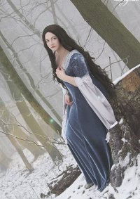 Cosplay-Cover: Arwen Undómiël [ The Lord of the Rings - Blue Dres