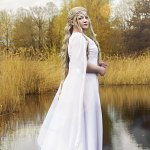 Cosplay: Lady Galadriel [ The Hobbit - White Council Dress]