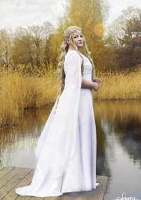 Cosplay-Cover: Lady Galadriel [ The Hobbit - White Council Dress]
