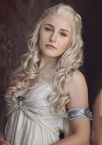 Cosplay-Cover: Daenerys Targaryen Wedding Dress