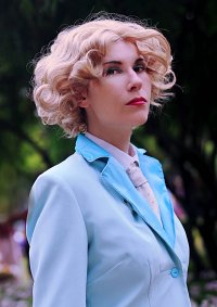 Cosplay-Cover: Elsa Mars [American Horror Story: Freak Show]
