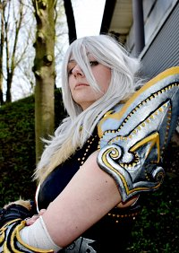 Cosplay-Cover: Valkyon