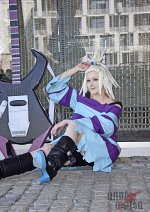 Cosplay-Cover: Mica [B2/W2]