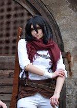 Cosplay-Cover: Mikasa Ackermann - [Mangacover 13]