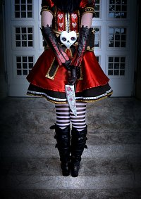 Cosplay-Cover: Alice Liddell - Royal Suit