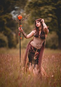 Cosplay-Cover: Lady Autumn