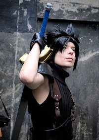 Cosplay-Cover: Zack Fair (Crisis Core)