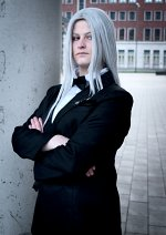 Cosplay-Cover: Sephiroth (Anzug)
