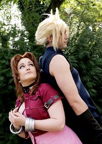 Cosplay-Cover: Aerith Gainsborough [Movie Vers.]