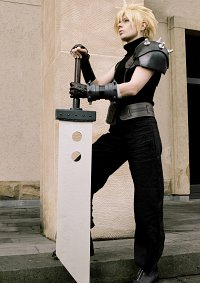 Cosplay-Cover: Cloud Strife (Dissidia)