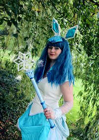 Cosplay-Cover: #471 - Shiny Glaziola / Glaceon