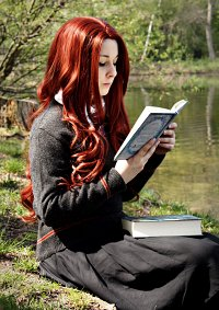 Cosplay-Cover: Lily Evans » Schuluniform