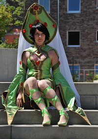 Cosplay-Cover: Augusta Vradica