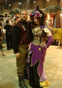 Cosplay-Cover: Jasmine You goes Steampunk