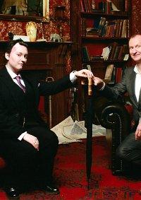 Cosplay-Cover: Mycroft Holmes (Modern)