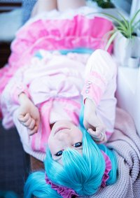 Cosplay-Cover: Miku ~ lots of laugh