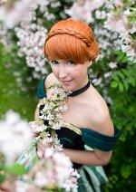 Cosplay-Cover: Anna (Coronation Dress)