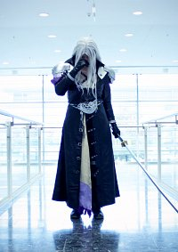 Cosplay-Cover: Sephiroth (Dissidia 012)